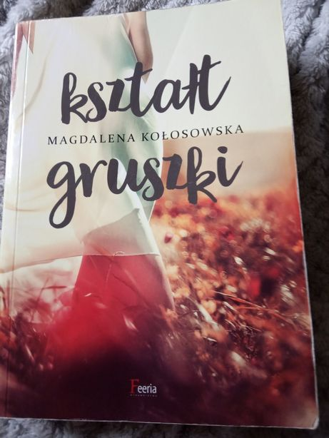 """Magdalena Kłosowska """"Kształt gruszki"""""""