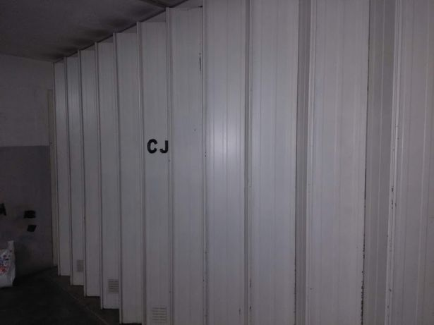 Garagem / Armazém