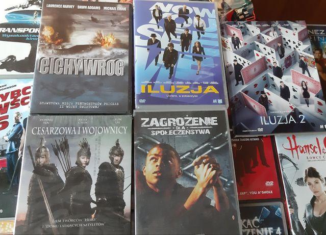 Różne filmy na płycie