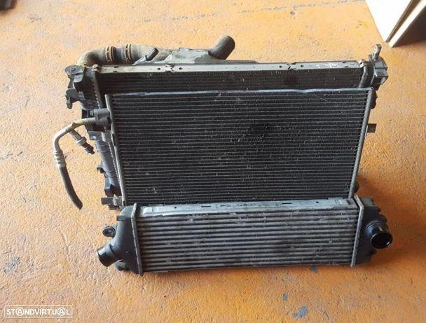 Radiadores AC / Intercooler e Termoventilador Renault Trafic / Opel Vivaro 2.0 2012