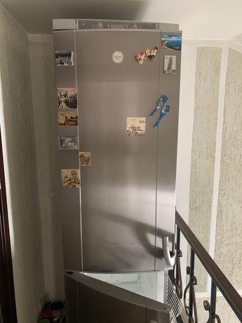 Продам холодильник Electrolux frost free