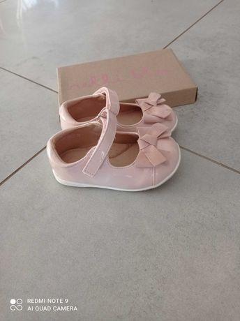 Buty baleriny dla dziewczynki 22