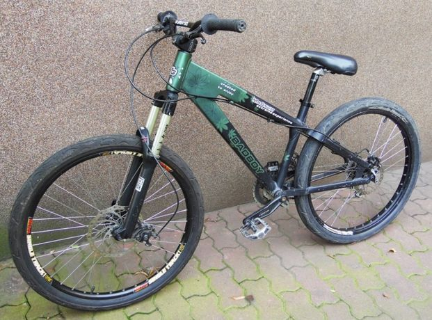 """Rower Magnum BadBoy Dirt Street 4X 14""""/26"""" Rock Shock Pike 140mm QR"""