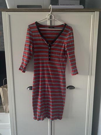 Czerwona sukienka w paski prążkowana L Reserved