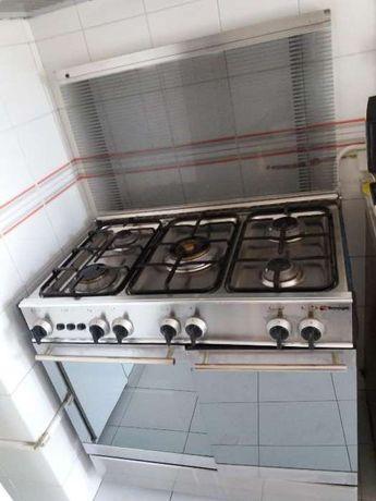 Fogão a gás,com forno grill ( marca italiana) (Tecnogas)