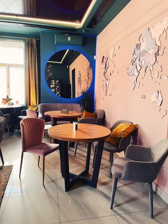 """ПРОДАМ діюче кафе «Reny's Travel&Cafe"""""""