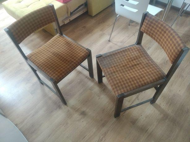 Krzesła PRL dobry klimacik :)