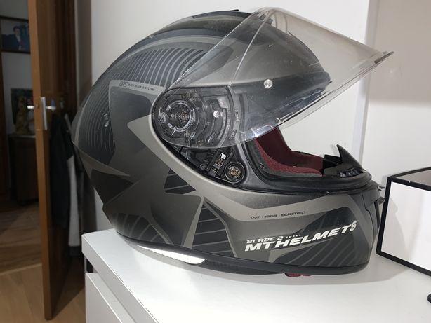 Capacete moto MT Helmets