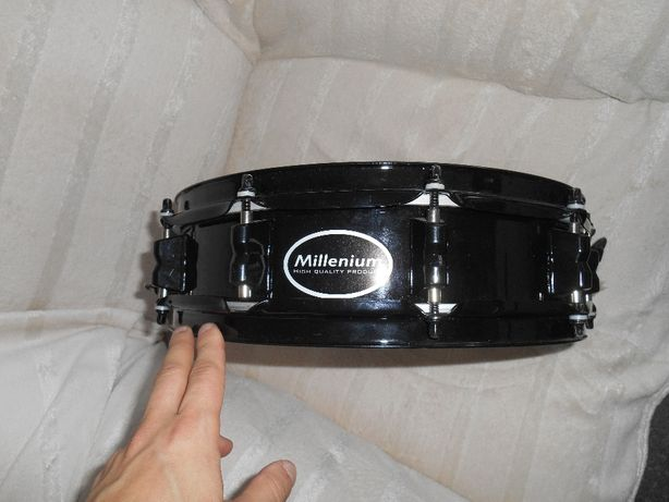Werbel Millenium 13 piccolo +Pokrowiec Drum Center 14x5.5