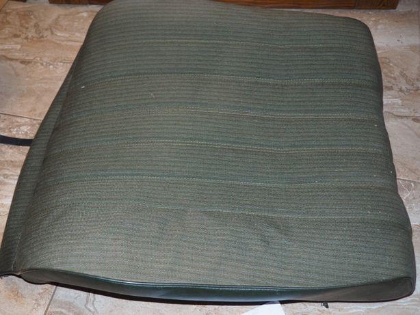Oparcie tapicerka pasażer mercedes W123 sedan 83 rok zieleń
