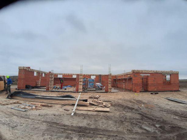 Budowa domów usługi murarskie docieplenia budynków usługi mini koparka