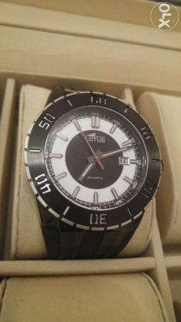 Relógio Lotus novo