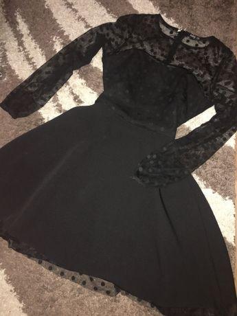 Чёрное платье в стиле ретро