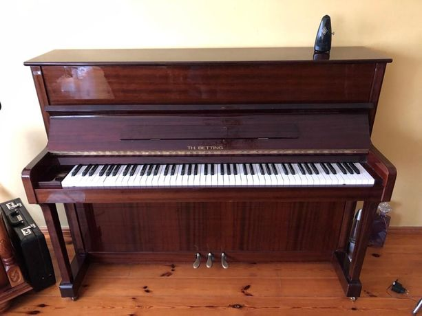 Pianino Th. Betting