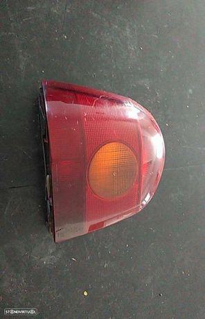 Farolim Stop Esq Renault Twingo I (C06_)