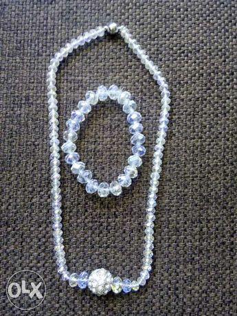 komplet biżuterii ślubnej z mieniących się kamieni