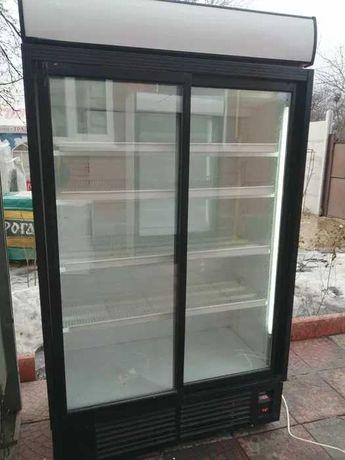 Холодильник витрина шкаф холодильный для напитков 60 см 68 75 121 130