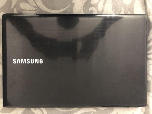 Portátil Samsung I5
