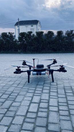 Вантажний агро квадрокоптер дрон