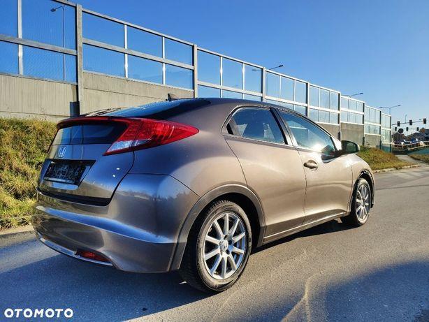 Honda Civic 1.8 142KM BENZYNA Niski przebieg, z Niemiec, lekko uszkodzona