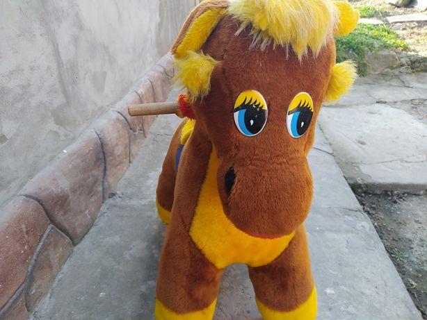 Лошадка качалка детская