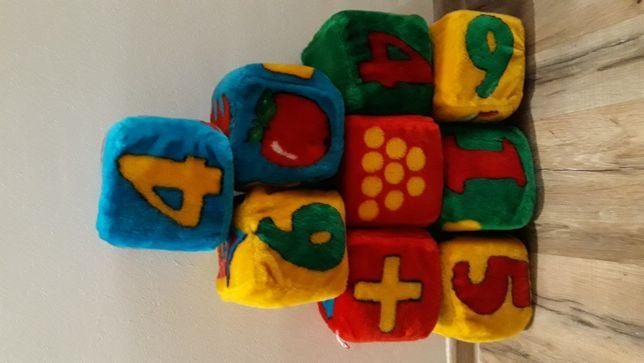 Большие ,мягкие ,развивающие кубики
