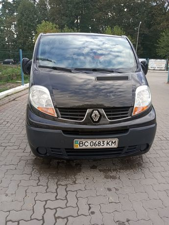 Продаю Renault Traffic