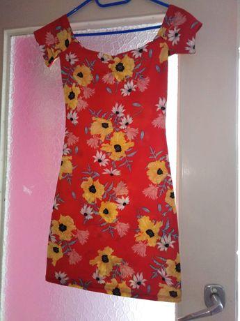 Sukienka w kwiatki H&M