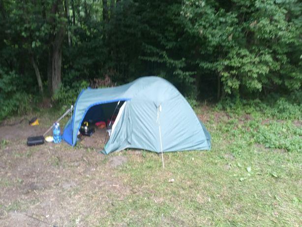 Namiot trzy osobowy