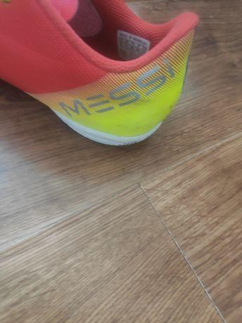 Buty halowe adidas Messi