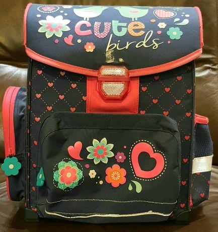 Usztywniany granatowo - różowy szkolny plecak dziewczęcy tornister gró