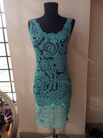 Платье нарядное вязаное крючком