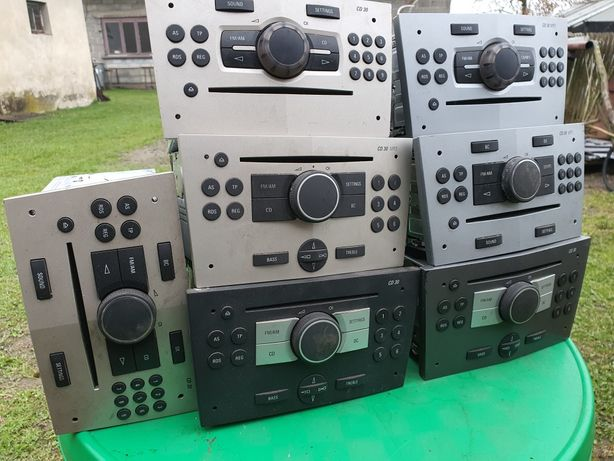 Radio Opel CD 30 Vectra Zafira Astra Signum Combo +kod wylogowane