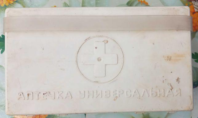 Аптечка автомобильная СССР Пластик