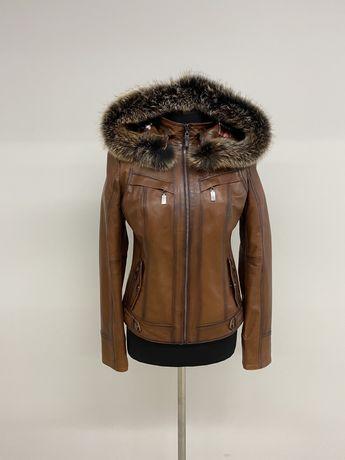 Кожанная курточка с капюшоном