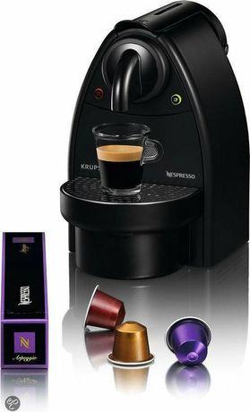 Ekspres na kapsułki KRUPS Nespresso Essenza XN2003