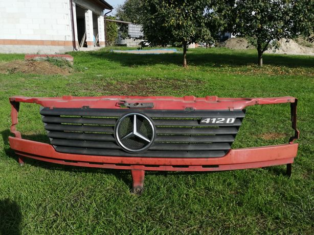 Mercedes sprinter pas przedni grill