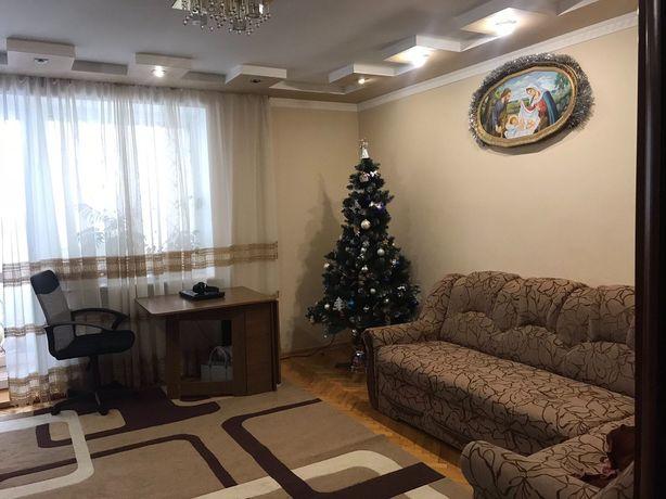 Продаж 3х Кімн.квартири вул.Роксоляни
