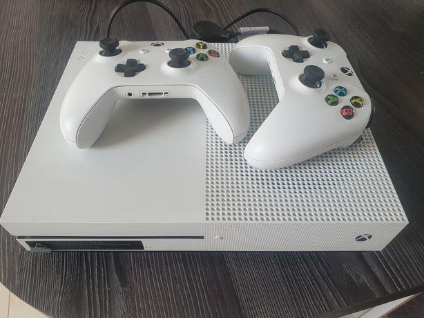 Sprzedam Xbox One S 500Gb