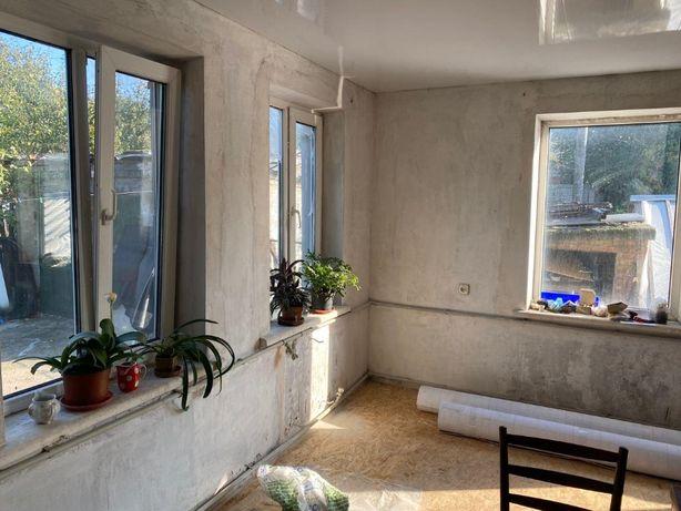 Продам двух этажный дом на Мирном ул. Маковского, РР
