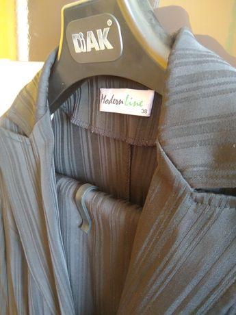 Komplet spodnie plus żakiet 38