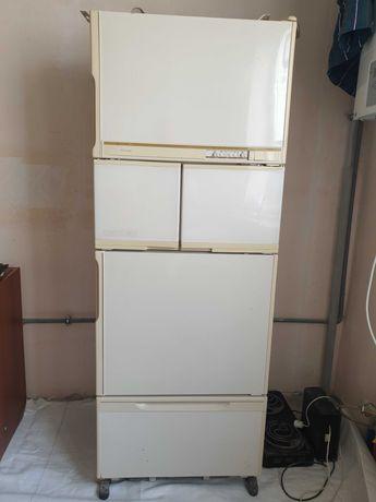 Холодильник японский