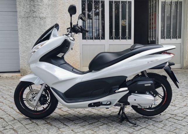 Honda PCX 125cc usada