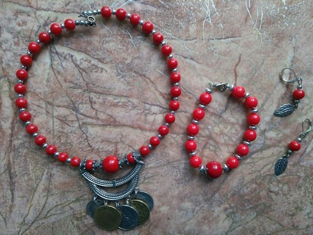 Буси, коралі, намисто, ожерелье, комплект.