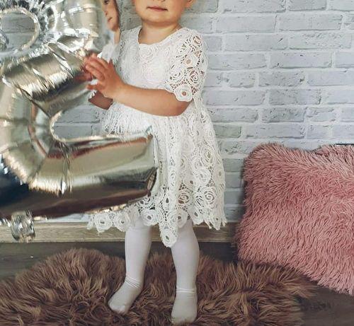 piękna biała sukienka styl Booho koronkowa rozmiar 86
