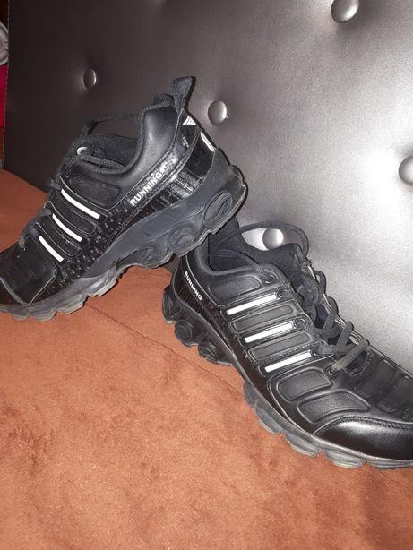 Кросівки/ кроссовки/ спортивні/ взуття/ чоловічі кроси/кєди