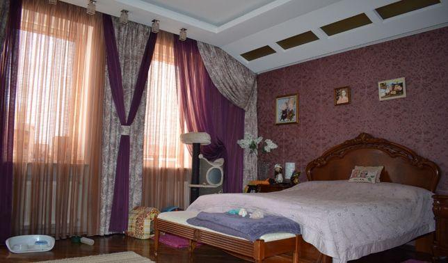 Предлогаю вам современный дом в Киеве возле парка Нивки.