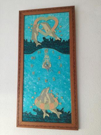 Quadro relogio em vitral pintado à mão