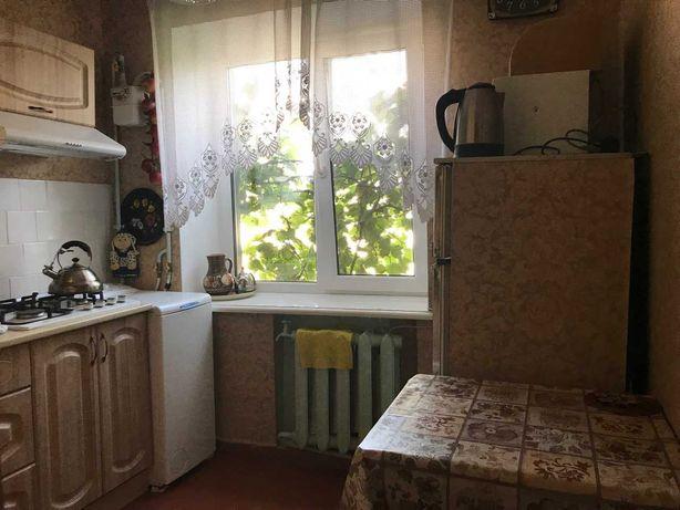 сдам 2-х комнатную на замостянской, ВАРШАВА . Я - посредник.