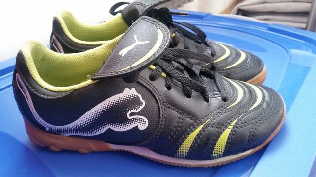 Buty piłkarskie halówki PUMA 33
